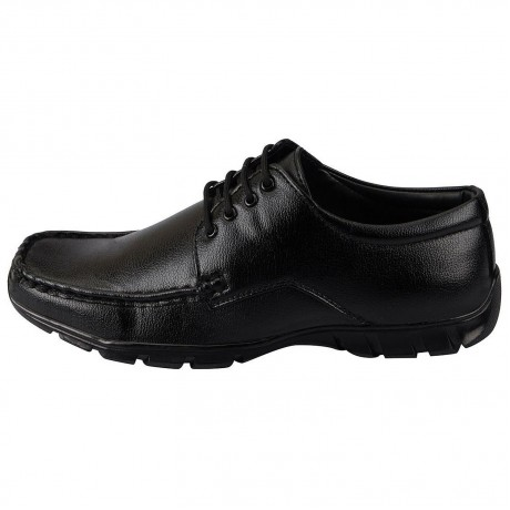 Bata Black Formal lace up shoe for Men