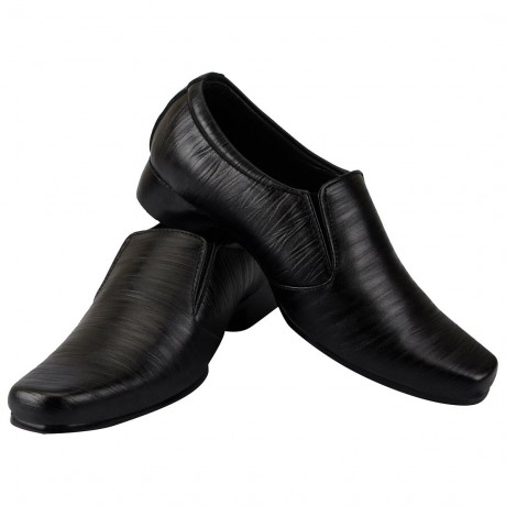 Bata Black leather formal shoe for Men